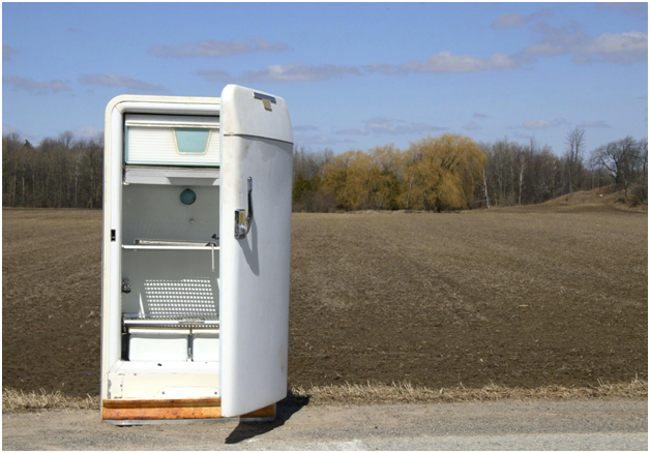 холодильник в поле