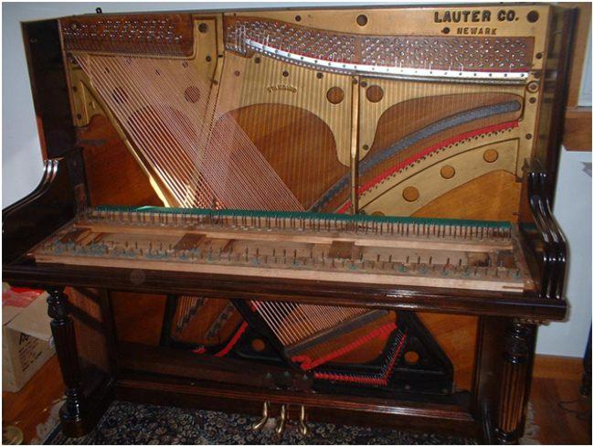 полуразобранное пианино