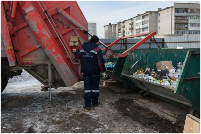сбор мусора из контейнеров