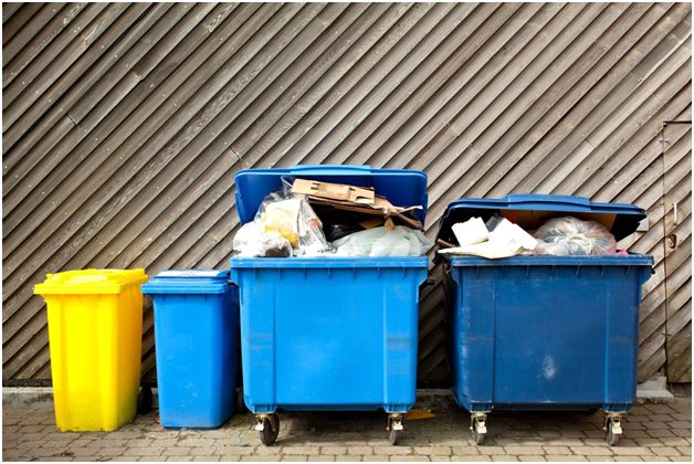 баки с мусором