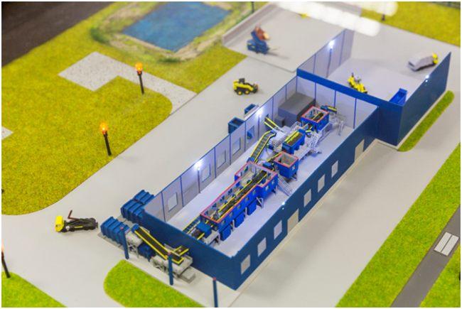 макет завода по переработке мусора
