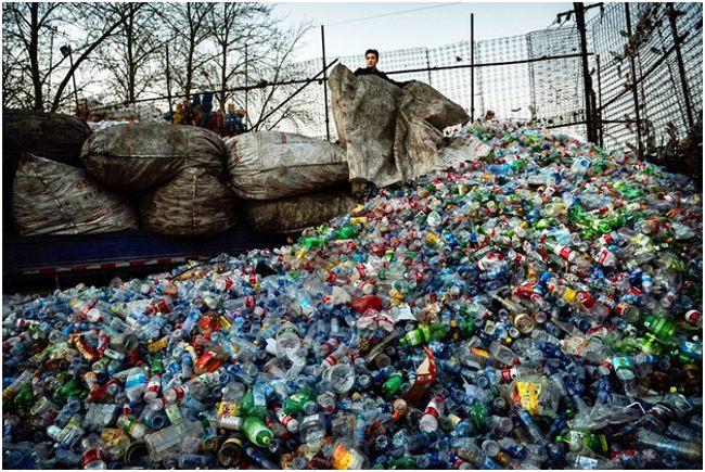 мешки с пластиковыми бутылками