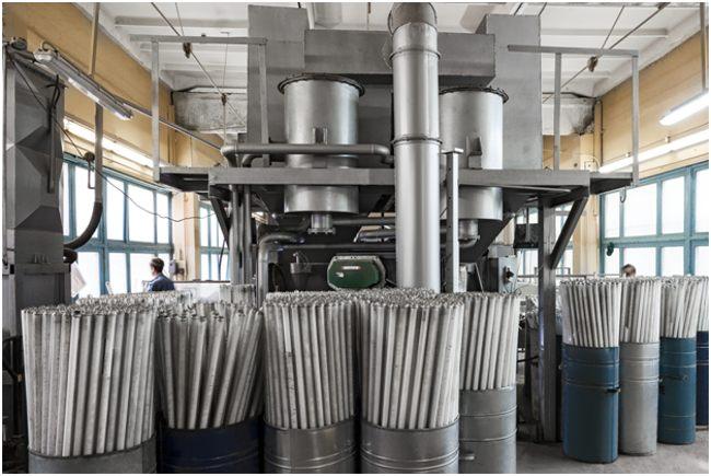 на заводе по утилизации ртутных ламп