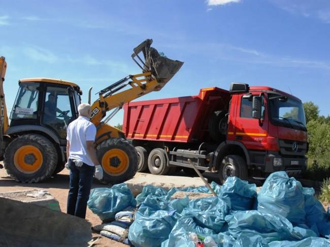 техника для вывоза строй мусора