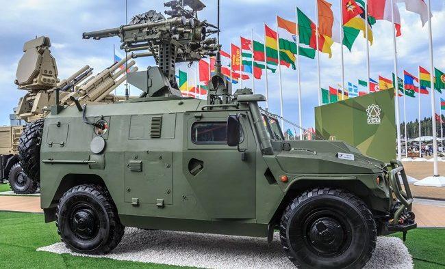 военный бронеавтомобиль